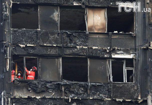 Поліція: Улондонській пожежі загинуло тазникло безвісти 79 осіб