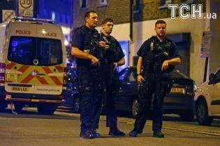 Из-за взрыва в лондонском метро пострадали пять человек