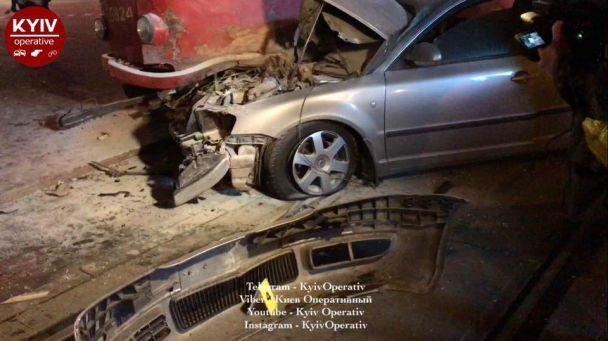 В Киеве в ДТП разбился нардеп Олег Барна - соцсети