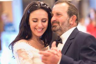 Как звезды праздновали День отца: Горбунов показал фото с сыном, а Джамала – танцы с папой