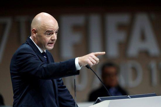 Президент ФІФА звільнив слідчих організації, які вели проти нього розслідування