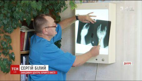 Медики повідомили про стан бійців, яких напередодні доправили до шпиталів Дніпра