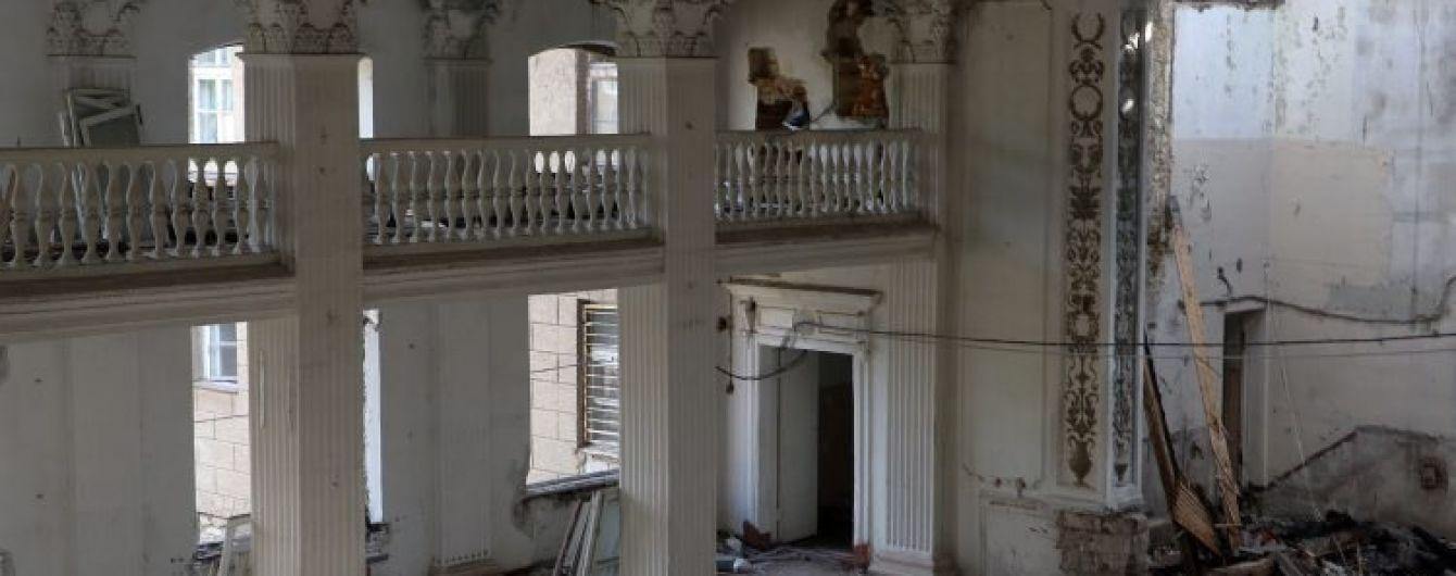 В Минобороны назвали предварительную причину ночного пожара в здании Военной академии в Одессе