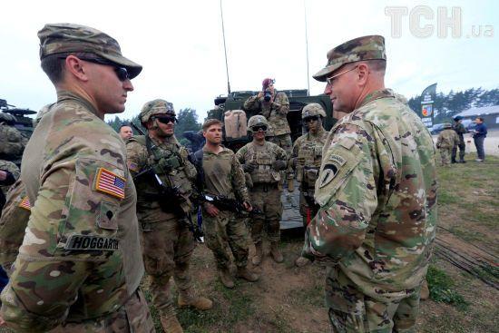 НАТО має продовжувати підтримувати Україну у протидії Росії - екс-заступник генсека Альянсу