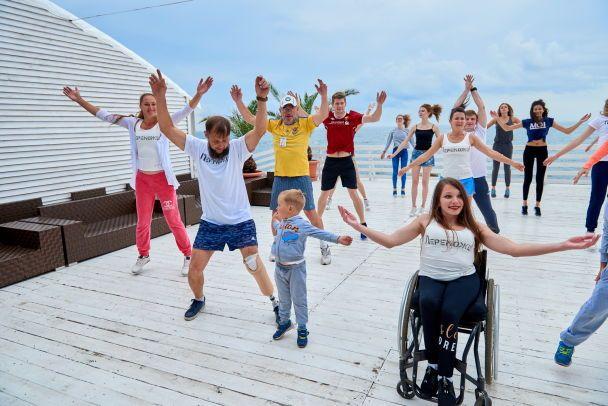 Спортивная Соломия Витвицкая провела зарядку в поддержку благотворительного забега в Одессе