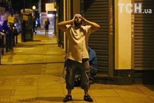 Молитви, поліцейські собаки та автомати: Лондон оговтується після чергового наїзду на натовп людей