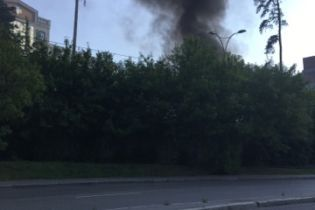 Слідом за пожежею на Хрещатику у Києві загорілася будівля університету