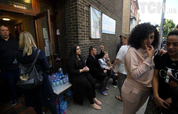 У Лондоні заявивли про загиблих внаслідок великої пожежі в 27-поверховому будинку
