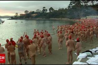 Понад тисяча австралійців голяка відзначили літнє сонцестояння