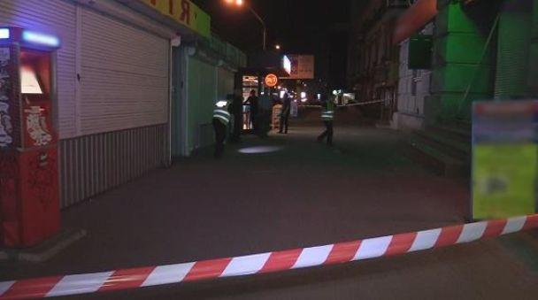 ВКиеве около салона мобильной связи произошел взрыв