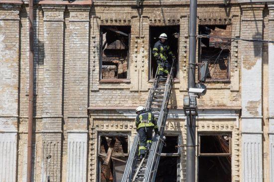У Кличка відкидають можливість забудови висотки на місці згорілої будівлі на Хрещатику