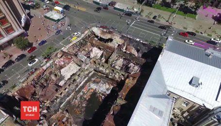 После огня: как выглядит погорелый дом на Крещатике с высоты