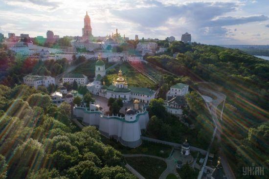 В Україні буде сонячно, тепло та переважно без опадів. Прогноз погоди 22 червня