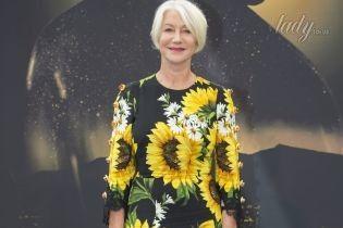 В платье с подсолнухами и на каблуках: 71-летняя Хелен Миррен впечатлила ярким образом