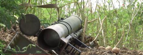 ДРГ боевиков подошла к позициям военных под Мариуполем и пыталась забросать их гранатами