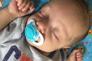 2-місячний Платон дуже потребує вашої допомоги