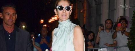 В красивом костюме и босоножках со стразами: женственный образ Селин Дион