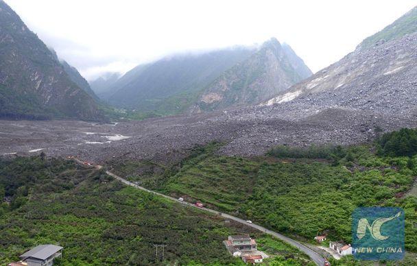 Зсув ґрунту вКитаї: понад 100 зниклих безвісти