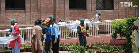 Загоряння бензовоза у Пакистані: зросла кількість жертв