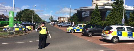 У британському Ньюкаслі авто наїхало на натовп під час святкування Ураза-байраму: є постраждалі