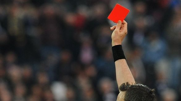Червона картка, футбол