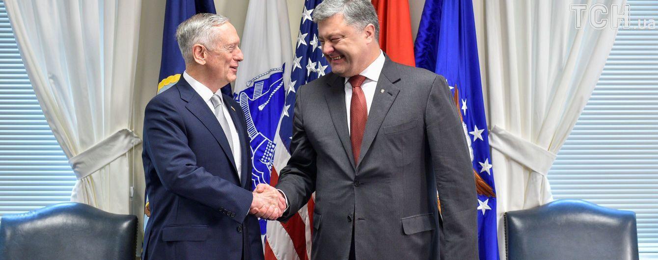 Очень сильная встреча: у Порошенко прокомментировали общения президента Украины с главой Пентагона