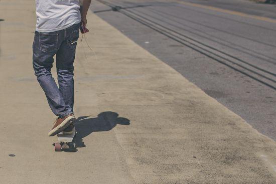 У центрі Одеси чоловік обстріляв скейтерів, є поранені
