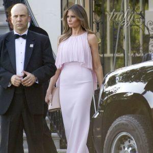 Мелания Трамп в нежном образе блистала на свадебной церемонии