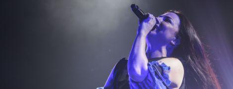 Знаменитые Evanescence отыграли концерт в Киеве: любимые хиты и завораживающий вокал Эми