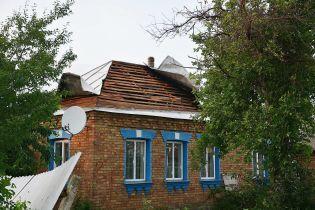 Уничтоженный ангар и удар буржуйкой по голове: буря в Черкасской области разбила около сотни зданий