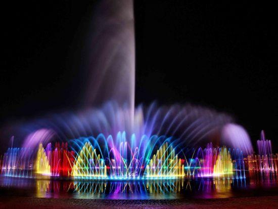 В Умані відкрили найбільший світломузичний фонтан центральної України