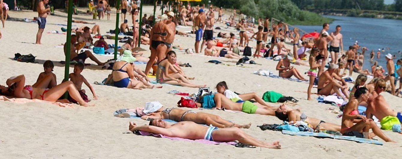 Киянам не рекомендують купатися на всіх столичних пляжах