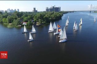 """Кубок """"Великого Дніпра"""": 15 яхт спробують за три тижні дістатись Одеси"""