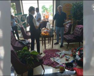 Российские супруги пытались украсть из турецкого отеля 14 рулонов туалетной бумаги