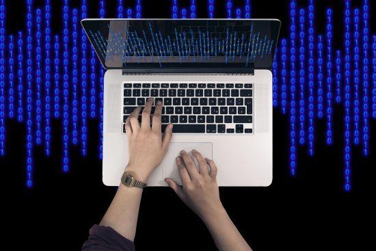 За кібератаки зловмисникам загрожує до 8 років тюрми