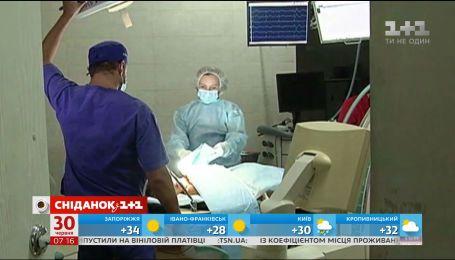 """В Україні запустили експериментальний проект із протидії""""епідемії"""" інсультів"""