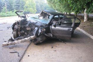 На Харківщині дівчата на BMW на смерть розбилися під час прямого ефіру в Instagram