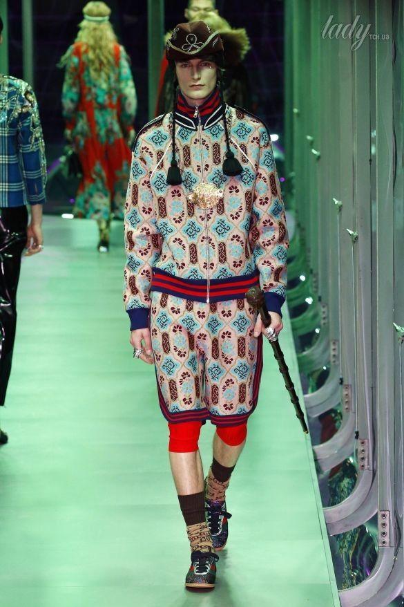 Коллекция Gucci прет-а-порте сезона осень-зима 2017-2018_21