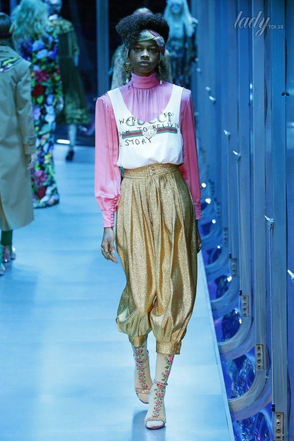 Коллекция Gucci прет-а-порте сезона осень-зима 2017-2018_10