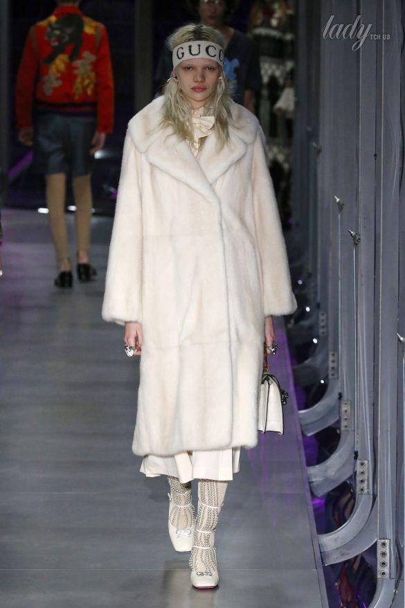 Коллекция Gucci прет-а-порте сезона осень-зима 2017-2018_38