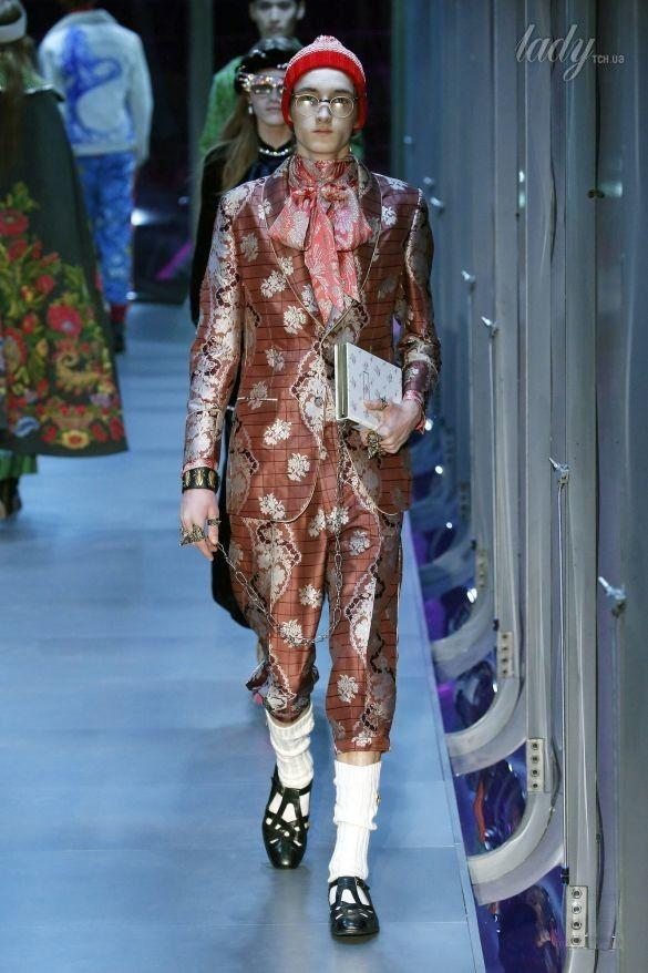 Коллекция Gucci прет-а-порте сезона осень-зима 2017-2018_44