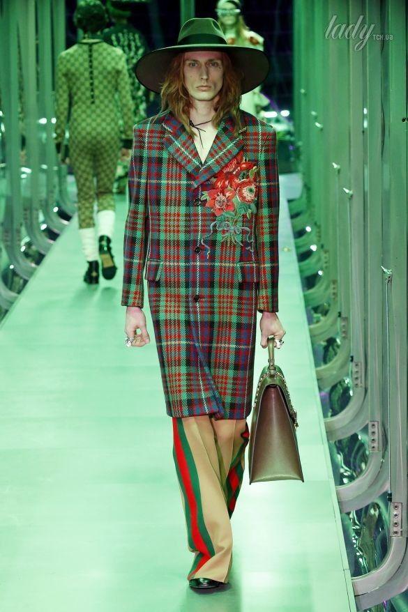 Коллекция Gucci прет-а-порте сезона осень-зима 2017-2018_52
