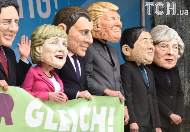 Пластиковые головы Путина, Трампа и Меркель: тысячи людей в Гамбурге протестовали перед саммитом G20
