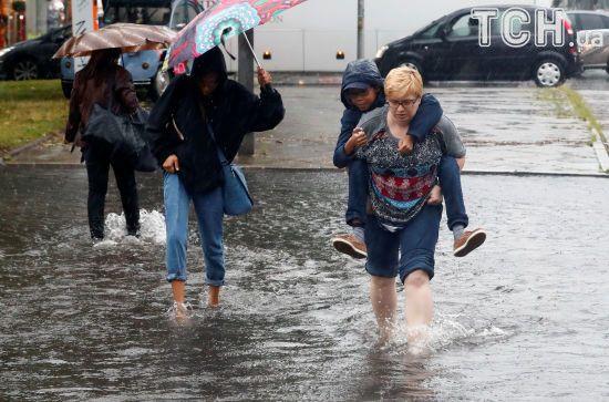"""Земля перетворюється на """"планету злив"""", де буревії вбивають і знищують"""