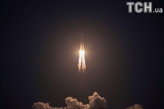 """Китай назвав запуск новітньої ракети """"невдалим"""": ведеться розслідування"""