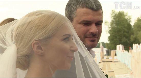 Ніна Матвієнко подарувала доньці пікантний подарунок на весілля