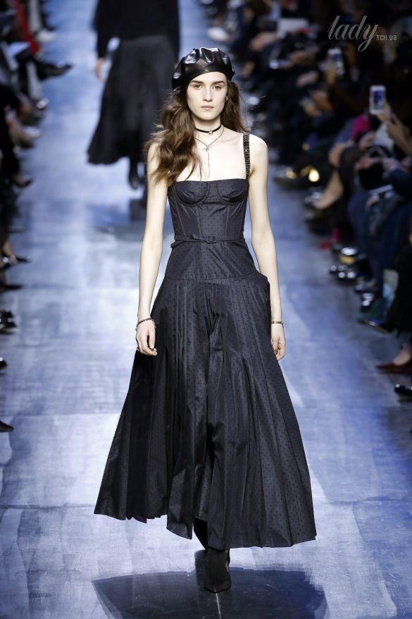 Коллекция Christian Dior прет-а-порте сезона осень-зима 2017-2018_19