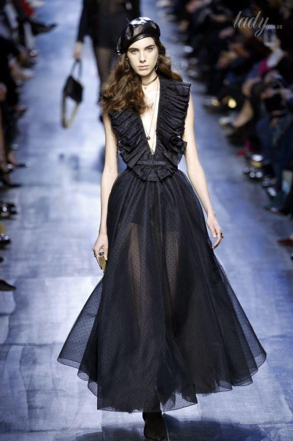 Коллекция Christian Dior прет-а-порте сезона осень-зима 2017-2018_21
