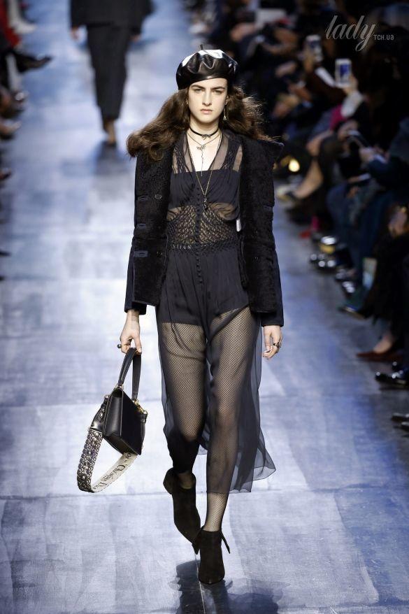 Коллекция Christian Dior прет-а-порте сезона осень-зима 2017-2018_22