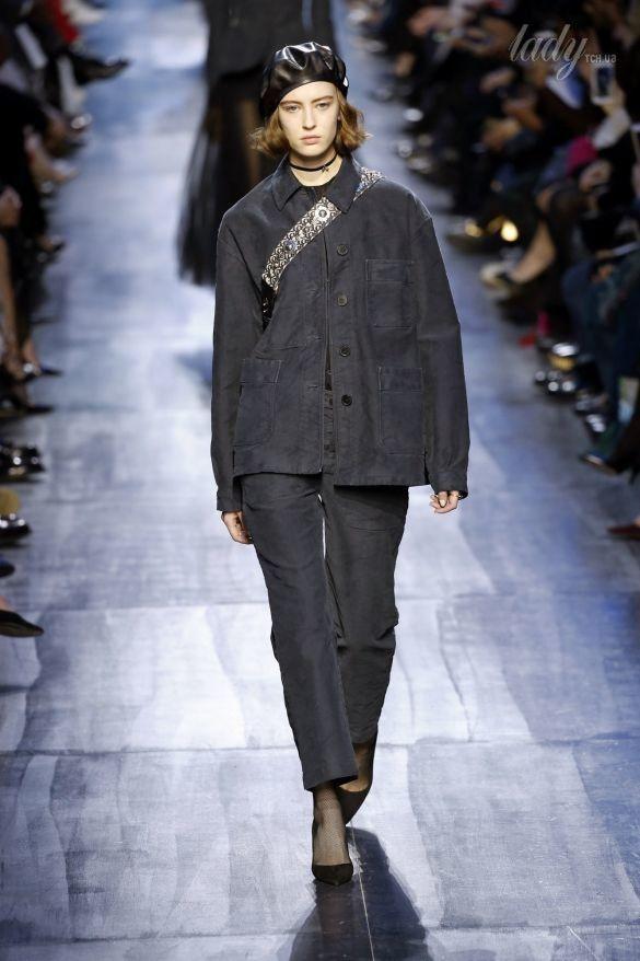 Коллекция Christian Dior прет-а-порте сезона осень-зима 2017-2018_23
